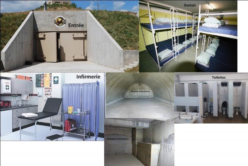 Mais en cas de pluies torrentielles ou de tempêtes, nous avons un bunker pour abriter les jeunes et le personnel. De combien de pièces dispose-t-il ?
