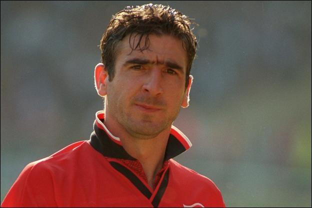 Ce footballeur, champion d'Angleterre avec Leeds United et à quatre reprises avec Manchester United, a ensuite entamé une carrière d'acteur. Il se prénomme ...