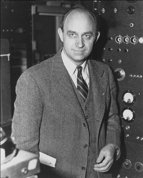 Ce physicien italien, prix Nobel en 1938, à l'origine du premier réacteur nucléaire américain, se prénomme ...