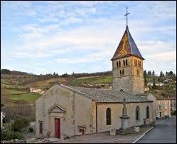 Nous sommes dans le Beaujolais devant l'église Saint-Antoine d'Ouroux. Ancienne commune d'Auvergne-Rhône-Alpes, elle se situe dans le département ...