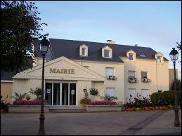 Ancienne commune Yvelinoise, Fourqueux se situe en région ...