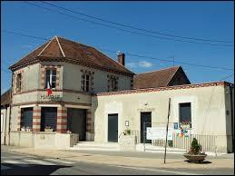 Commune francilienne, dans l'arrondissement de Fontainebleau, Remauville se situe dans le département ...