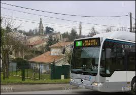 Prenons ce bus qui nous emmène à Villers-lès-Nancy (Meurthe-et-Moselle). Comment appelle-t-on les habitants de cette ville ?