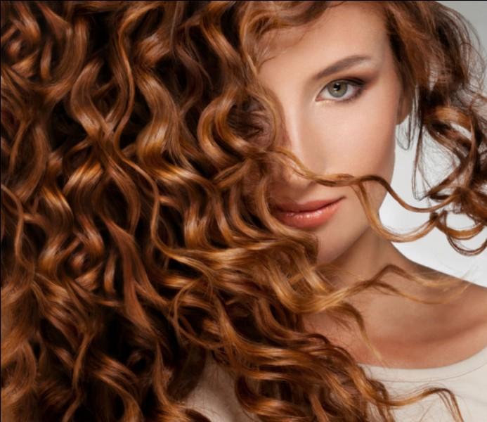 Merci ! Et pour finir, je voudrais avoir un conseil pour avoir des cheveux en bonne santé et de toute beauté, que me conseillez-vous ?