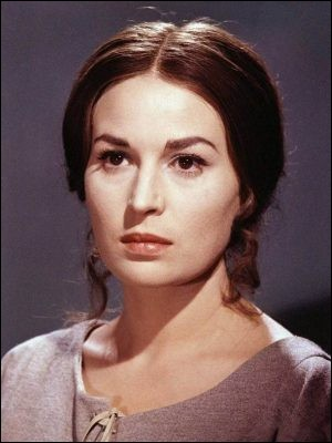Actrice née le 21 avril 1930Films principaux : Mort à Venise - Le Décaméron - Dune
