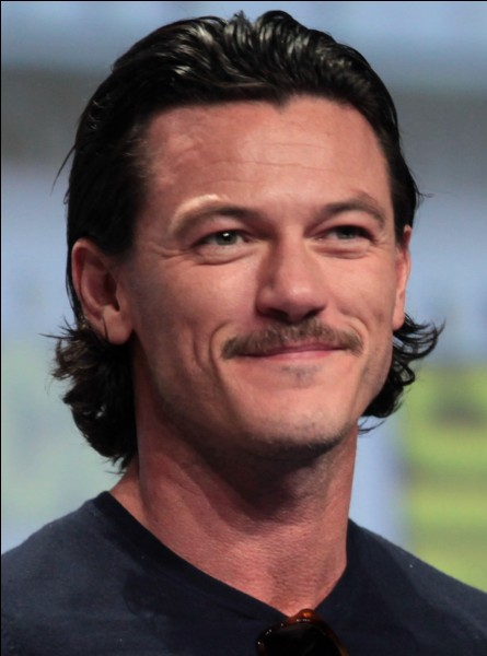 Dans quel genre a-t-on le plus vu Luke Evans ?