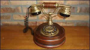 Un phonephile est un collectionneur de téléphones.