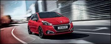 Sur l'image, vous pouvez voir une Peugeot.