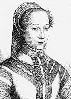 """Cette poétesse française de la Renaissance, surnommée """"La Belle Cordière"""", c'est ... Labé."""