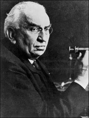 Cet ingénieur et industriel français a joué un rôle déterminant dans la photographie et dans les premiers pas du cinéma. C'est ... Lumière.