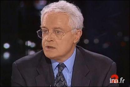 Cet homme politique, socialiste, premier ministre de 1997 à 2002, se prénomme ...