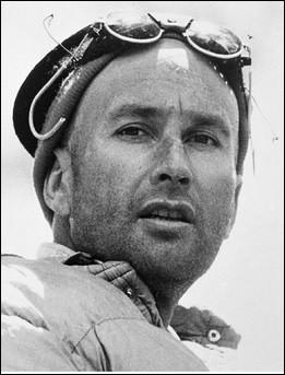 Cet alpiniste a réalisé de nombreuses expéditions dans le monde, réussissant notamment les premières ascensions du Fitz Roy en Patagonie, ainsi que du Makalu et du Jannu dans l'Himalaya. Il a fait une chute mortelle à 44 ans. C'est ... Terray.