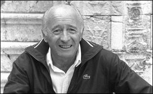 """Cet homme de cinéma, scénariste, réalisateur, et surtout dialoguiste de nombreux films tels que """"Le Président"""", """"Un Singe en hiver"""", """" Les Tontons flingueurs"""", se prénomme ..."""