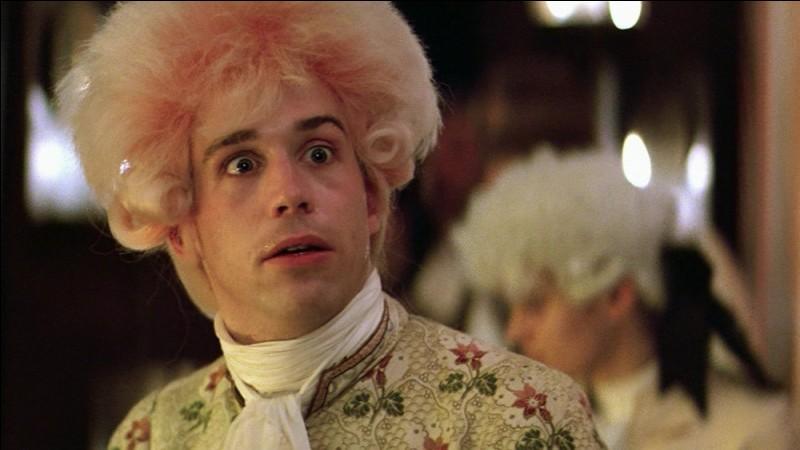 Quel acteur interprète le rôle de Wolfgang Amadeus Mozart ?