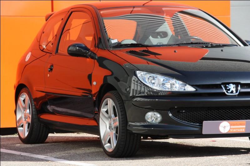 Cette magnifique Peugeot est une...