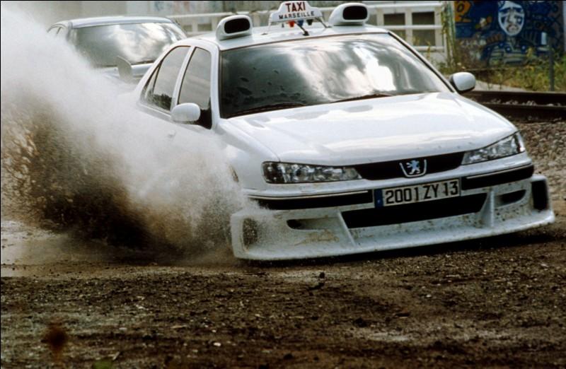"""La voiture dans """"Taxi"""" est une..."""