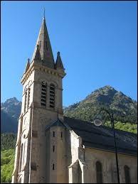 Nous terminons notre balade à La Chapelle, hameau de Valjouffrey. Commune d'Auvergne-Rhône-Alpes, dans le parc national des Écrins, il se situe dans le département ...