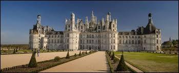 Pour visiter le château de Chambord, direction la région Pays-de-la-Loire.