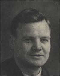 Cet homme politique français, qui a dirigé et incarné le PCF de 1930 à 1964, se prénomme ...