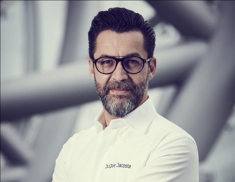 Qui est ce chef espagnol triplement étoilé, qui sublime la cuisine gastronomique et moléculaire depuis quelques années ?