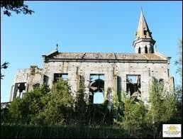 Vous avez sur cette image l'église inachevée de Léojac. Commune d'Occitanie, dans l'aire urbaine Montalbanaise, elle se situe dans le département ...
