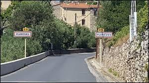 Nous sommes dans l'ancienne région Languedoc-Roussillon à l'entrée de Planèzes. Ville de la région naturelle du Fenouillèdes, il se situe dans le département ...