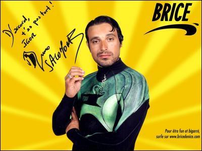 Qui Brice suspecte-t-il de retenir son ami ?