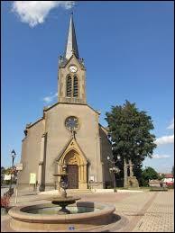 Rendez-vous dans le Grand-Est devant l'église Saint-Baudier, à La Maxe. Commune de la métropole Messine, elle ne se situe pas ...