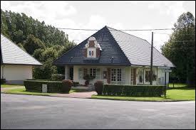 Village des Hauts-de-France, dans l'arrondissement d'Arras, Siracourt se situe dans le département ...