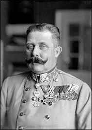 HISTOIRE - L'assassinat de l'Archiduc d'Autriche François-Ferdinand le 28 juin 1914 fut l'événement déclencheur de la Première Guerre mondiale : dans quelle ville fut-il commis ?