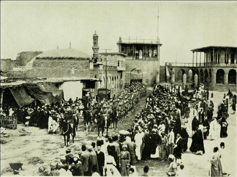 L'Empire ottoman commence à vaciller. Le 11 mars 1917, les Britanniques entrent dans quelle ville ?