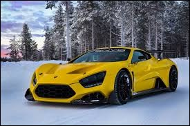 Sportive venue de Scandinavie, elle est produite à peu d'exemplaires. Quelle est cette voiture ?