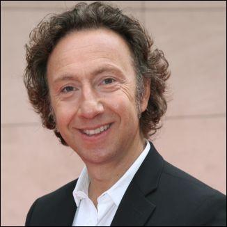 Animateur de radio et de télévision, connu pour ses émissions consacrées à l'histoire et au patrimoine français, il se prénomme ...