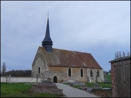 Voici l'église Saint-Pierre de Courdemanche. Commune Euroise, elle se situe dans l'ancienne région ...