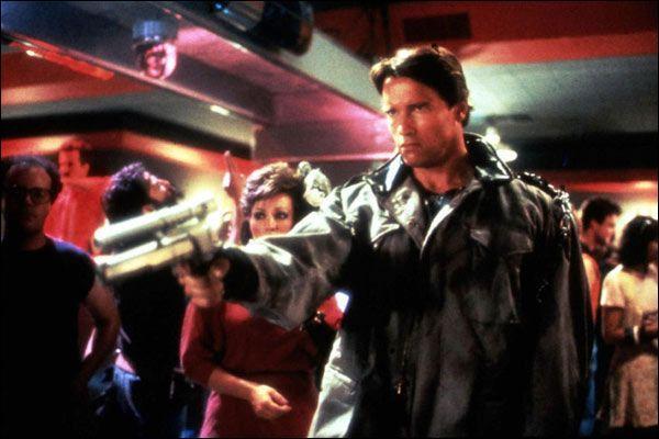 Dans quel film Arnold a-t-il un gros calibre comme ça ?