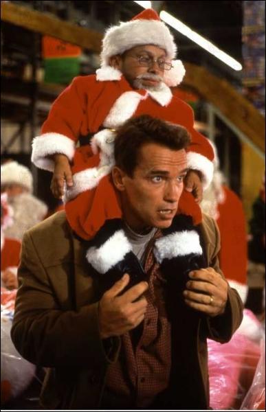 Dans quel film voit-on ce tout petit père Noël ?