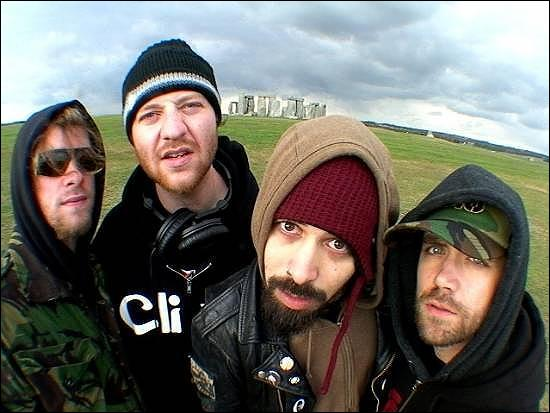 CKY signifie: