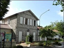 Saumont est un village Lot-et-Garonnais situé en région ...