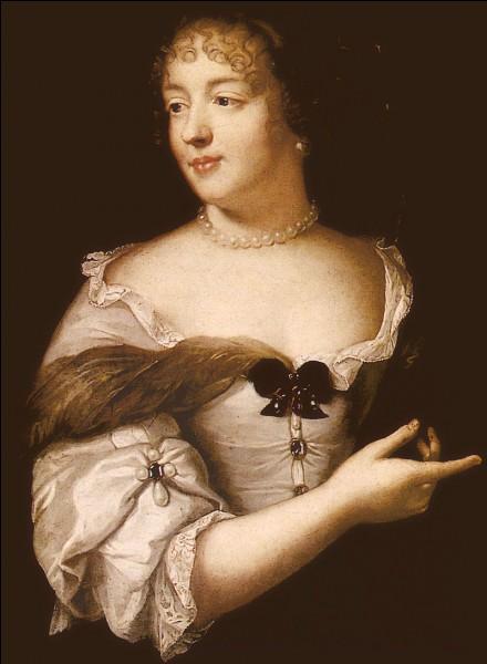 Comment se prénommait la comtesse de Grignan, la fille de la marquise de Sévigné ?