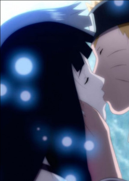 Naruto et Hinata se marient dans le film :
