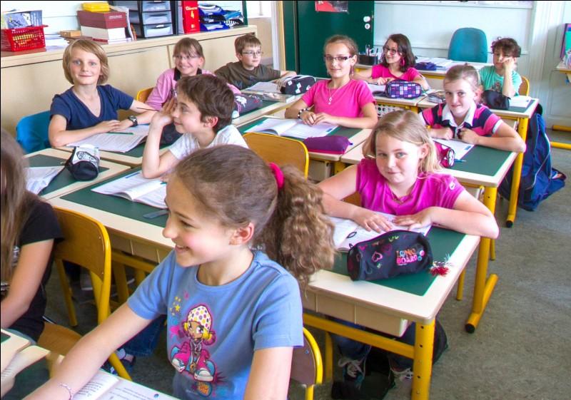 En quelle classe commence-t-on l'anglais ?