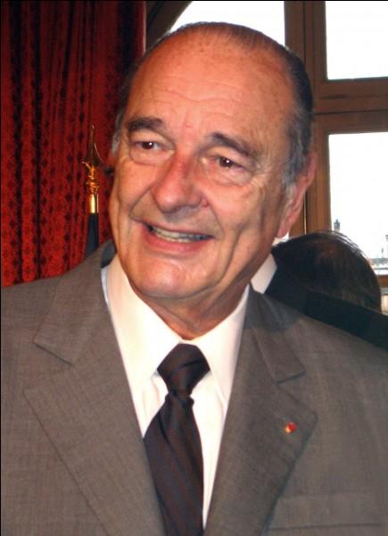 Qui a succédé à Jacques Chirac ?