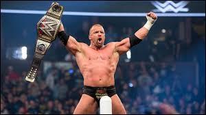 Qui a repris le Pedigree de Triple H ?