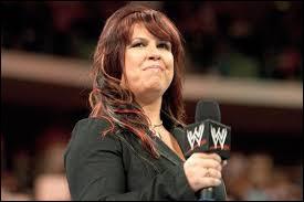 Qui n'a pas eu de relation amoureuse avec Vickie Guerrero ?