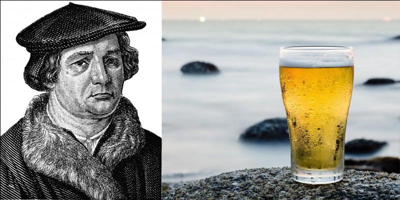 Ce prêtre ne pouvait pas être trappiste, mais on peut penser qu'il devait aimer leur création. En plus, on pourrait penser qu'il aimait bien le vin et la bière si on lit ses deux citations : « Celui qui boit de la bière, il s'endort vite ; celui qui dort longtemps ne pèche pas ; celui qui ne pèche pas entre au Ciel ! Ainsi, buvons de la bière » !« La bière est oeuvre de l'homme, le vin celle de Dieu ».Qui est ce prêtre ?