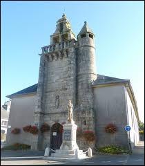 Vous avez sur cette image l'église Saint-Jean-Baptiste de Lannéanou et son clocher-mur. Village Finistérien, il se situe en région ...