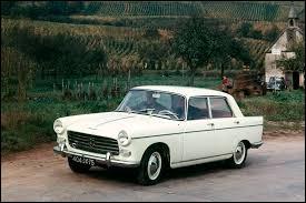 Durant quelle décennie est apparue la Peugeot 404 ?