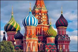 Laquelle de ces villes ne se situe pas en Russie ?