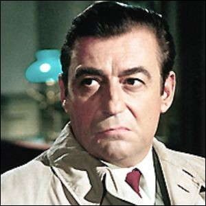 """Il a joué des commissaires, dans """"le Samouraï"""" et dans """"Police Python 357"""", le procureur dans """"Z"""", un patron de boîte de nuit dans """"Le Cercle rouge"""" : c'est ..."""