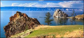 Quel est le lac le plus profond du monde ?